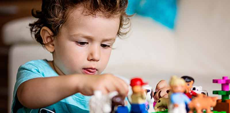 terapia del gioco con bambini traumatizzati
